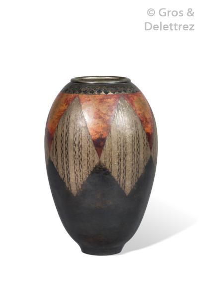 CLAUDIUS LINOSSIER (1893-1953) Rare vase...