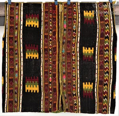 Une Gandoura ou Tunique en laine, Mzab, Algérie...