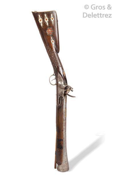 Tromblon à silex au canon en bronze incrusté...