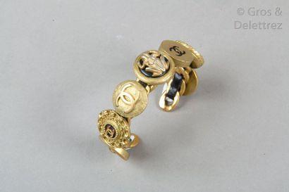 CHANEL Collection prêt-à-porter Automne/Hiver 1994-1995