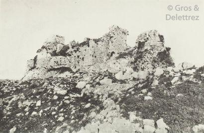 DESCHAMPS (Paul). Les châteaux des Croisés...