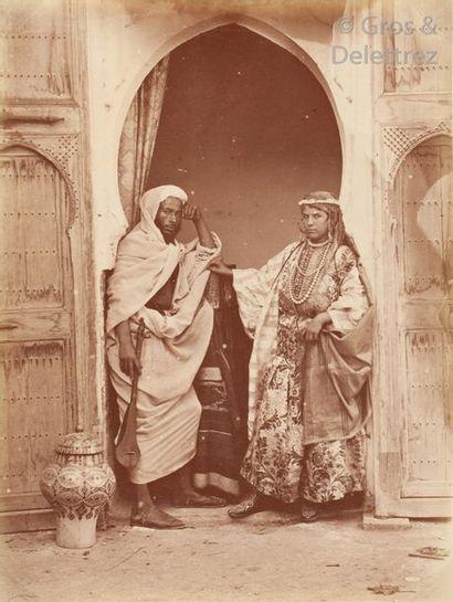 George Washington Wilson (1823-1893)  Maroc, c. 1870.  Mendiants. Types marocains....