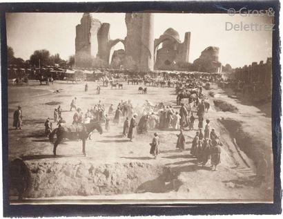 Paul Nadar (1856-1939)  Voyage au Turkestan. Août-Novembre 1890.  Environs de Samarcande....