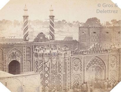 Photogrape non identifié  Perse (Iran), c. 1870.  Téhéran. Mosquée. Mausolées. Tentes...