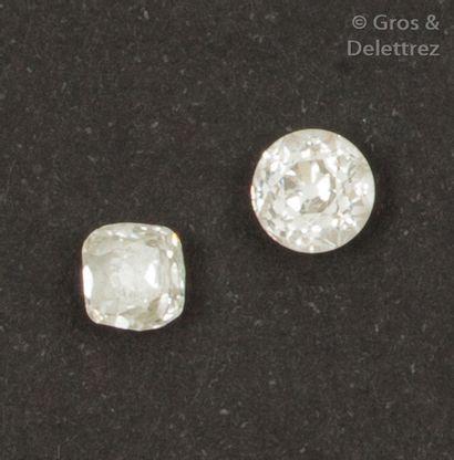 Deux diamants de taille ancienne sur papier...