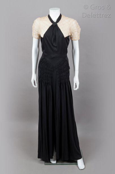 PAQUIN rue de la Paix Paris haute couture n°61631 circa 1935 Robe longue du soir,...
