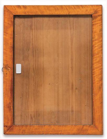 Série de TROIS BAGUETTES en placage d'érable. . XIXème siècle . 44,5 x 32 x 4,5...