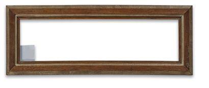 Petit CADRE en chêne mouluré à bordure argentée.   XXème siècle  55,5 x 16 x 5 ...