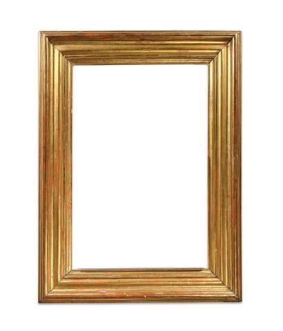 Grand et large CADRE en bois mouluré et doré.  XIXème siècle.  119 x 78,5 x 19 ...