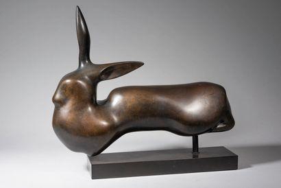 LHOSTE  Le lapin  Bronze à patine brune,...