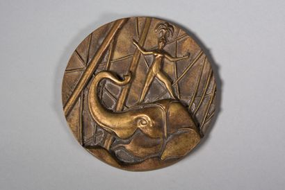 LHOSTE  Eléphant et danseuse  Médaille en...
