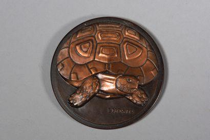 LHOSTE  Tortue  Médaille en bronze à deux...