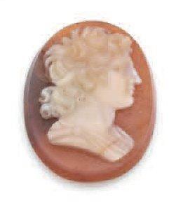CAMÉE ovale gravé d'un buste de héros antique...