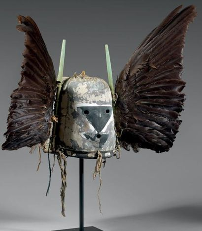ANGWUSHAHAY´I Très ancien masque de la Troisième...