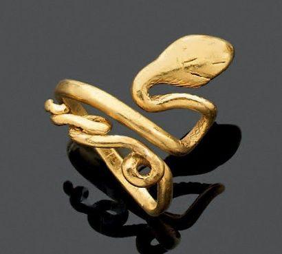 BAGUE en forme de serpent. Les détails finement...