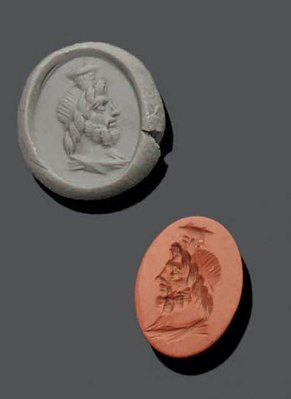 INTAILLE ovale gravée d'un profil de Sérapis...