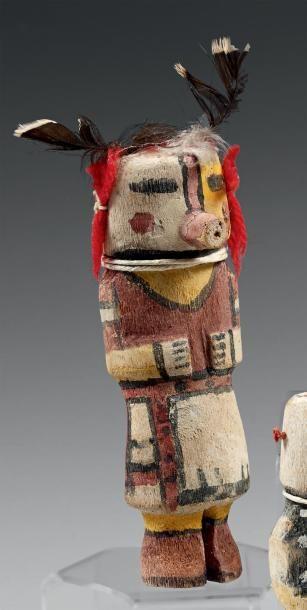 Kachina aux oreilles de laine rouge Hopi,...