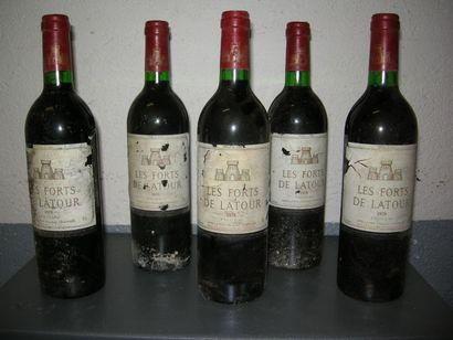 VIN015 - 5 CHATEAU LES FORTS DE LATOUR, Pauillac,...