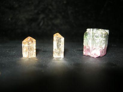 Lot de trois cristaux terminés du Brésil:...