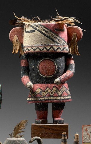 KACHINA Cottonwood, pigments, plumes, cuir...