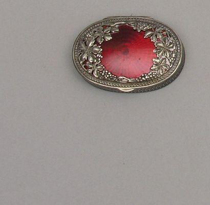Petite BOITE A PILLULES ovale en argent au...