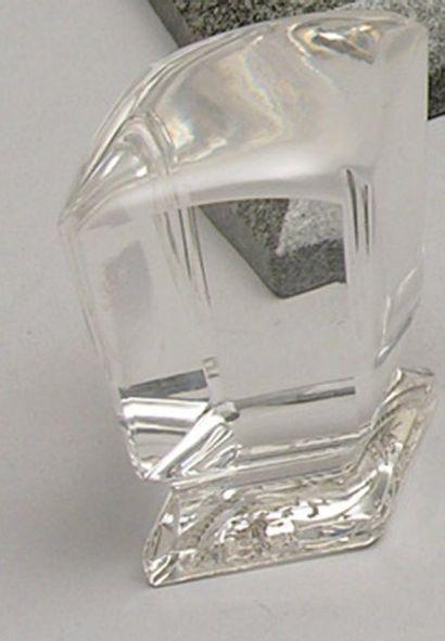 CACHET en cristal de roche à pans gravé d'un...