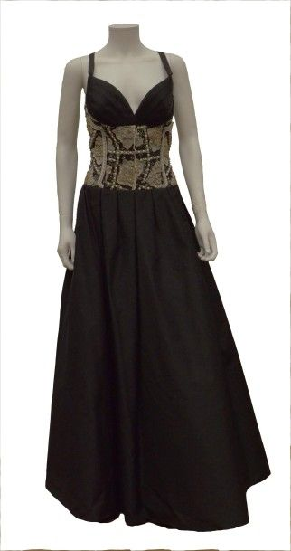 NINA RICCI Edition Boutique: Robe longue...