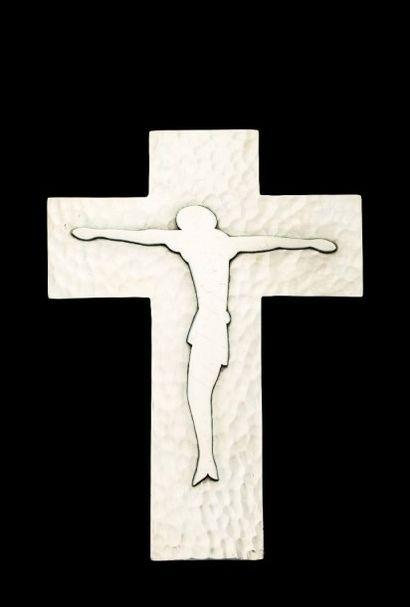 JEAN DESPRES (1889-1980)  Crucifix en métal...