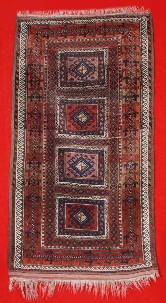 Ancien tapis du BELOUTCHISTAN de la fin du...