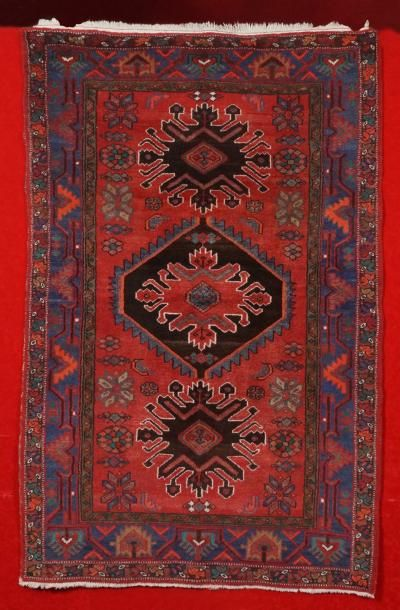 Tapis HAMADAN (Iran) des années 1970 à décor...