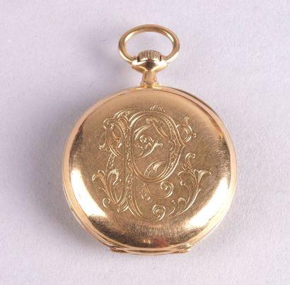 MONTRE CHÂTELAINE en or jaune vers 1900 monogrammée...