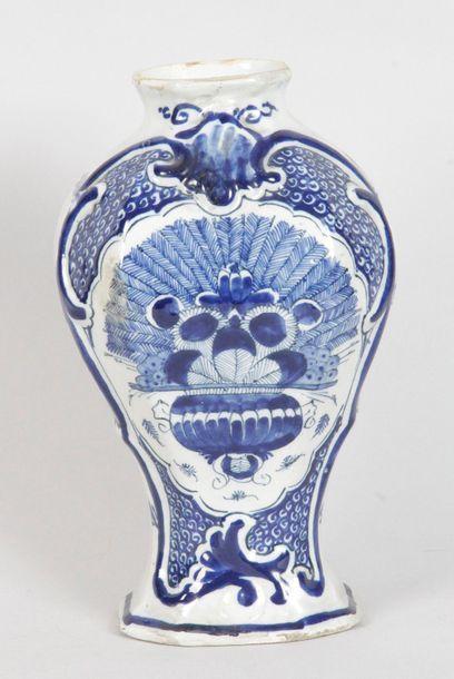 DELFT, manufacture de la Griffe de Porcelaine, XVIIIe siècle