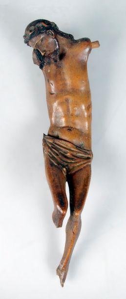 CHRIST d'époque XVIIe siècle en tilleul sculpté....