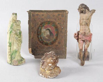 RELIGION LOT comprenant: 1 - VIERGE À L'ENFANT...
