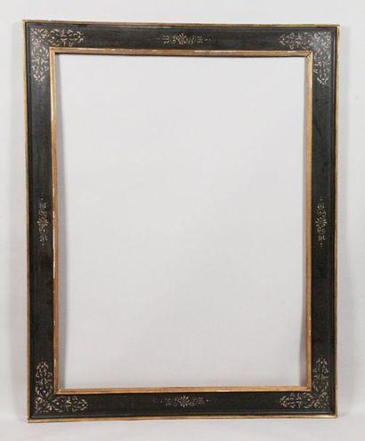 CADRE À CASSETTA de style espagnol en bois laqué noir et doré. 129 x 96 x 11,5 ...