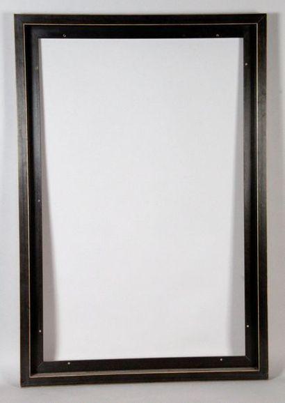DEUX CADRES caisses américaines. 95 x 77...