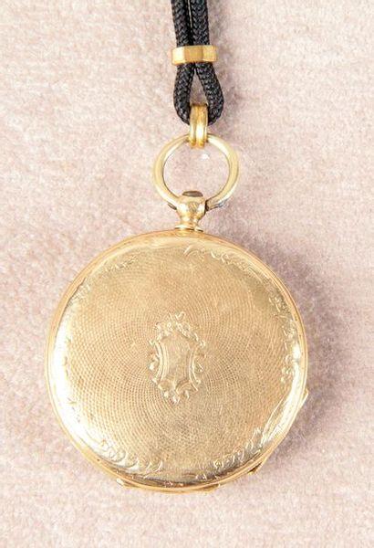 MONTRE CHÂTELAINE vers 1850 en or jaune à...