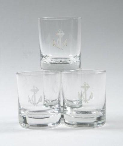 Douze verres à eau. Très bon état.