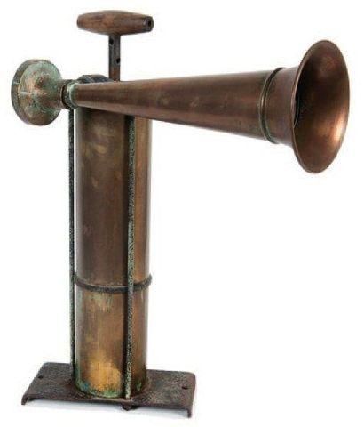 Corne de brume à piston Début XXème siècle....