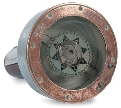 Compas gyroscopiquede marque SESTREL Angleterre....