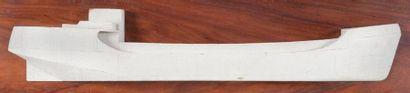 Demi-coque d'un petit cargo 100 x 27 cm