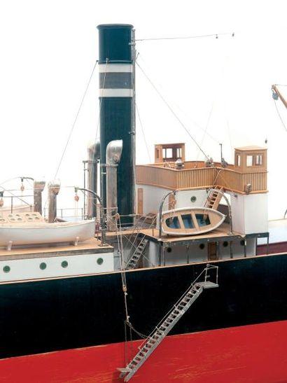 Maquette du cargo «Marie Louise» de la cie Naviguation Mixte 98 x 23 cm