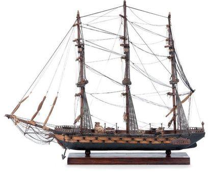 Maquette d'un trois mâts 85 x 65 x 25 cm