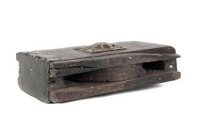 Ancienne poulie de voilier Début du XIXème...