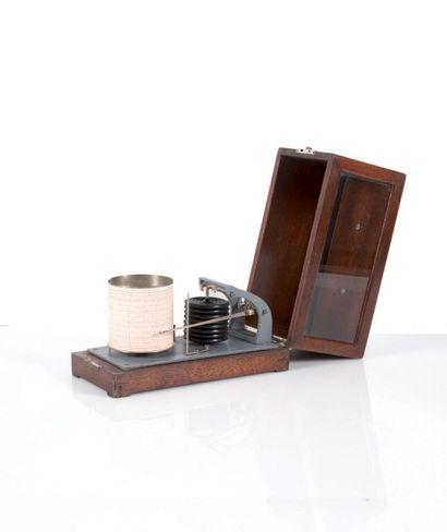 Baromètre enregistreur Début XXème siècle....