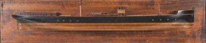 Demi-coque en bois d?un cargo Fin XIXème...