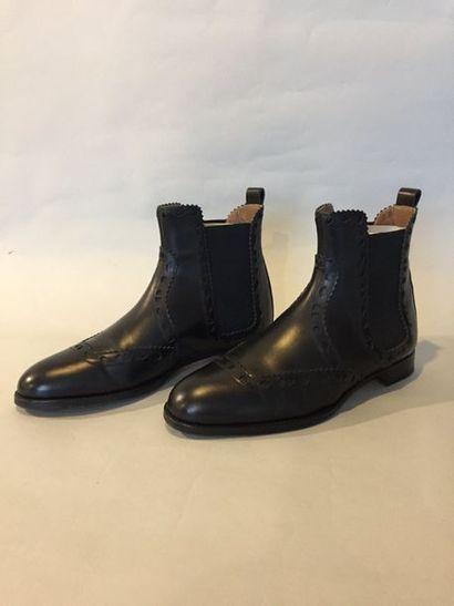 HERMES Made in Italy Paire de boots en cuir...