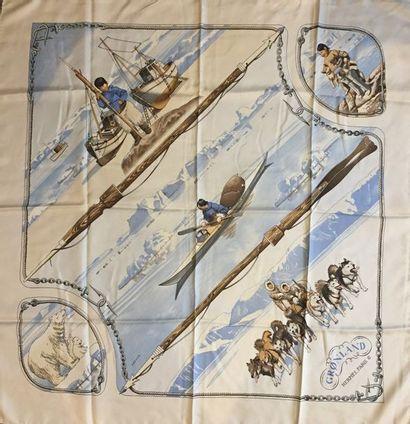 """HERMES Paris """"Groenland"""" par Philippe Ledoux - Carré en soie gris, marron foncé,..."""