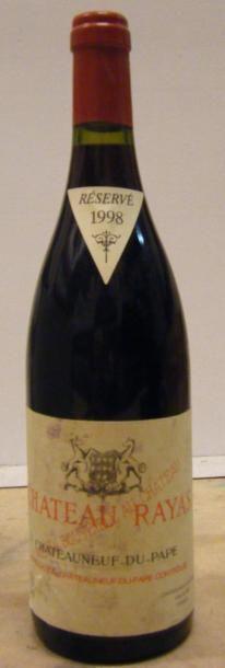 1 Bouteille RAYAS ROUGE 1998 Etiquette tachée....
