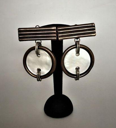 YVES SAINT LAURENT Prototype Paire de clips...